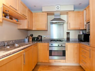 LOVELY TWO DOUBLE BEDROOMS FLAT IN NW3 - London vacation rentals