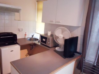 Self-contained double studio W2 - London vacation rentals