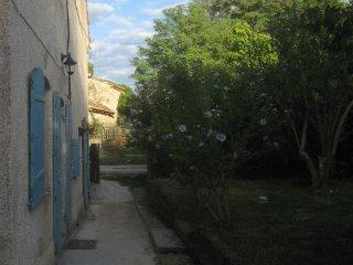 Ancienne ferme familiale avec grands espaces - Calignac vacation rentals