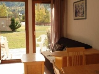 3 bedroom Apartment with Parking in Champcella - Champcella vacation rentals