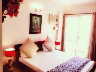 Comfortable 3 bedroom Condo in Jaipur - Jaipur vacation rentals