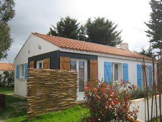 Comfortable House with Television and Central Heating - Noirmoutier en l'Ile vacation rentals