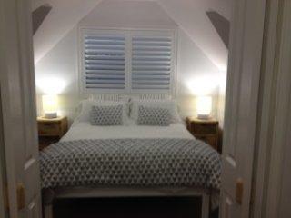 Merewether Beach House B & B - Cottage - World vacation rentals