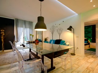 Romantic Apartment with Pool - Ideal Location PULA - Pula vacation rentals