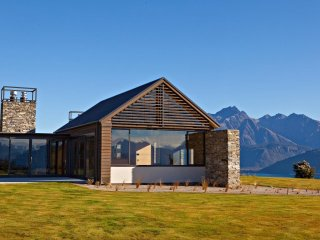 Wyuna House - Glenorchy vacation rentals