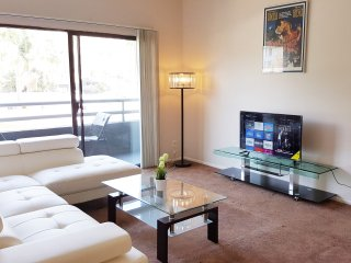 Nice Condo with Central Heating and Television - Los Angeles vacation rentals