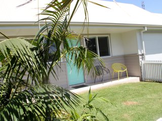 Sea & Sand Cottages - The Sand Cottage - Currarong vacation rentals