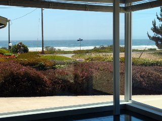 Awesome Ocean Views! 1/2 Block to Beach! Very Comfortable Home! - Morro Bay vacation rentals
