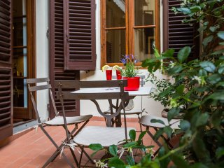 LA TERRAZZA AL DUOMO with terrace, elevator, WiFi - Florence vacation rentals