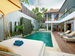 Villa Coco Bidadari - 4BR Seminyak - Seminyak vacation rentals