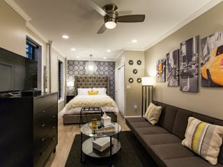 Newly Renovated Studio Midtown East - Queens vacation rentals