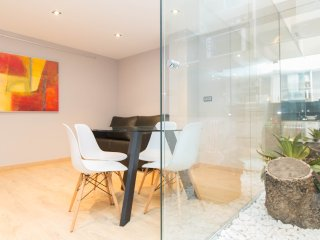 Romantic studio near Sagrada Familia - Barcelona vacation rentals
