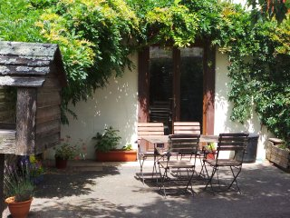 Cozy 2 bedroom Gite in Saint-Vincent-sur-Oust with Washing Machine - Saint-Vincent-sur-Oust vacation rentals
