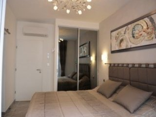 Two bedroom apartment, Two minutes to Palais - Cannes vacation rentals
