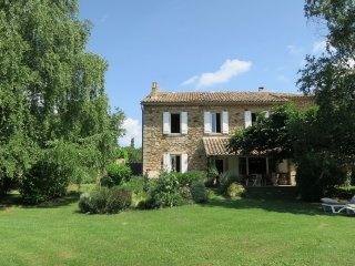 Authentic & Charming Home near UZES - La Bruguiere vacation rentals