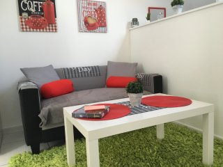 TROYES APPARTEMENT F 2 EQUIPE - Troyes vacation rentals