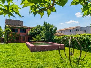 Semidetached house with garden and pool - Girona vacation rentals