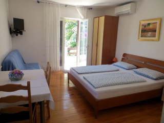 Charming Studio, Spacious Terrace & View! - Jelsa vacation rentals
