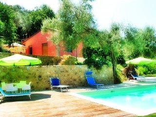 """Agricontura """"Casa del Ciliegio"""" - Mirto vacation rentals"""