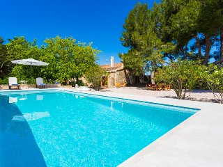Modern finca for 6 people - Saint Llorenç des Cardassar vacation rentals