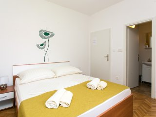 Perfect Studio with Internet Access and A/C - Cavtat vacation rentals