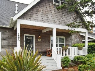 Bright 4 bedroom House in Lincoln Beach - Lincoln Beach vacation rentals