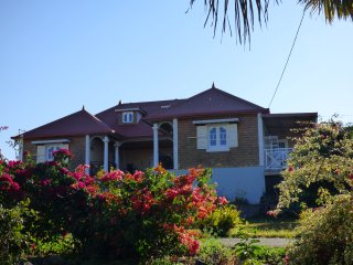 Nice House with Internet Access and Satellite Or Cable TV - Ravine des Cabris vacation rentals