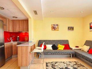 Diamond Apartamento Moderno Vista Mar - Lloret de Mar vacation rentals