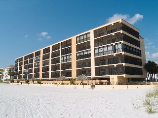 Villa Madeira #307 - Beach Front for up to 6 people! - Madeira Beach vacation rentals