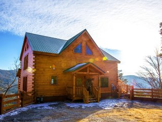 Beaver's Treehouse - Gatlinburg vacation rentals