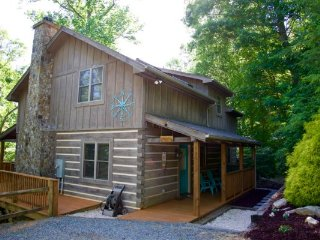 Among the Trees Location: Boone / Valle Crucis - Boone vacation rentals