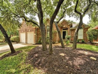 Beautiful, luxurious - your home away from home - Austin vacation rentals