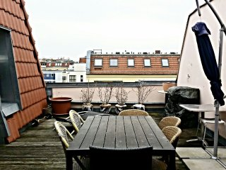 Berlin's Charlottenburg penthouse off the Kudamm - Berlin vacation rentals