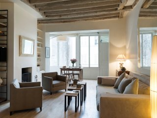 Saint Germain Cosy Two Bedroom - Paris vacation rentals