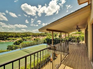 3BR Urban Lake House with Big Water Views, Tennis Court, Sleeps 8 - Volente vacation rentals