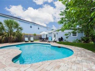 Atlantic Dawn, 3 Bedroom, Private Pool, Pet Friendly, Sleeps 6 - Jacksonville Beach vacation rentals