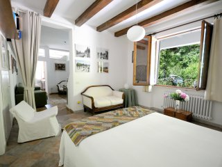 Charming Condo with Internet Access and Wireless Internet - Urbino vacation rentals