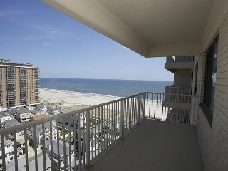 2  BR/1 BA Ocean View Condo on the beach - Ventnor City vacation rentals