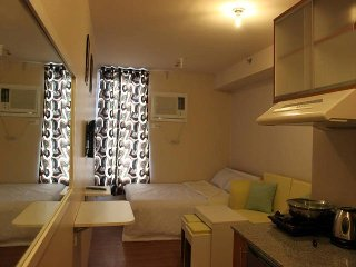 FULLY FURNISHED  CONDO FOR SHORT TERM RENTAL - Pasig vacation rentals