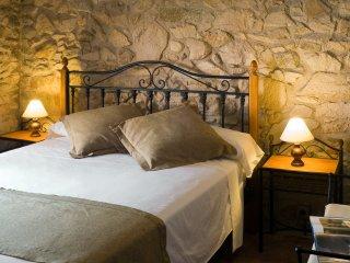 Casa rural El Pati de l´Albera - Sant Climent Sescebes vacation rentals