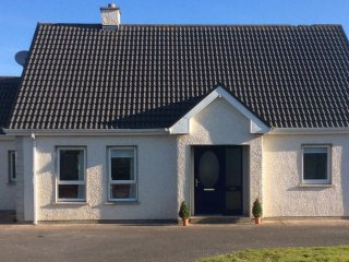 Nice 5 bedroom Rossnowlagh House with Washing Machine - Rossnowlagh vacation rentals