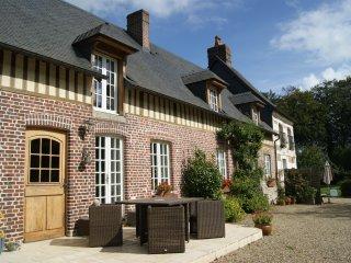 Gîte du XVII ème à 17 Km d'Etretat - Bretteville-du-Grand-Caux vacation rentals