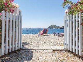 PSARIANOS BEACH FRONT STUDIOS - Skopelos vacation rentals
