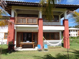 Praia do Forte Apt for 4 people Ground Floor - Praia do Forte vacation rentals