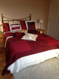 Imeall Na Mara-2nd Double Room - Ballydavid vacation rentals
