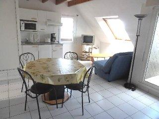 Appartement Duplex avec petite vue mer - Evan - Guidel-Plage vacation rentals
