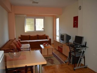 Perfect 1 bedroom Ohrid Apartment with Internet Access - Ohrid vacation rentals
