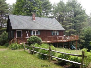 Perfect Cabin with Deck and Outdoor Dining Area - Chestertown vacation rentals