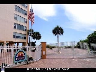 Unit 403 - 2 Bdrm., 2 Bath on Beach - Siesta Key vacation rentals