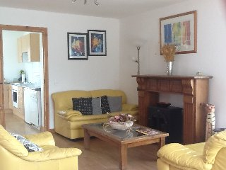 Studio Suite with separate kitchen/diner, sleeps three, just 2 min from town. - Dungloe vacation rentals